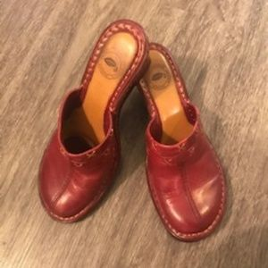 Nurture Wedge Mules Wine Color Size 6M